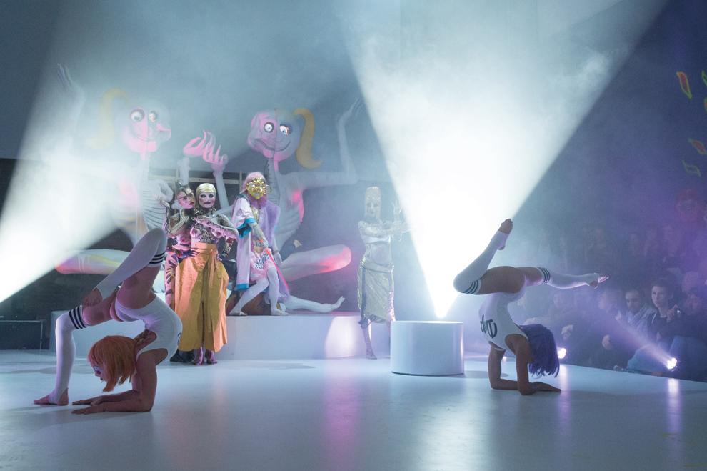 ADAHA II, Performance live at Palais De Tokyo, 2015 Photo: ©CG Walkins & Dai Xiaoy Courtesy: the artist and Mabsociety, Shanghai